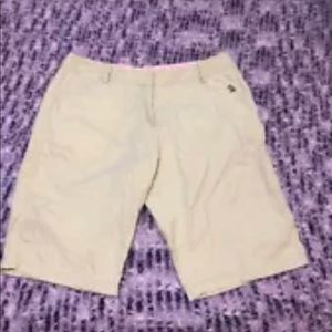 Disney Shopping.Com Khaki Bermuda Shorts Sz M (c)